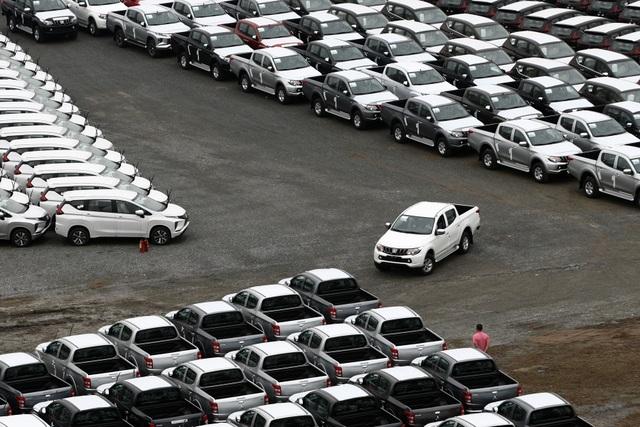 Xe vẫn nhập, giá vẫn cao và người dùng vẫn đợi - 2