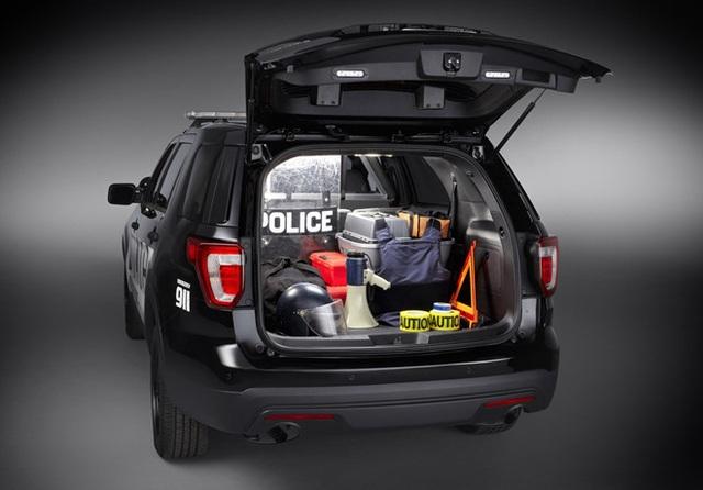 Ford bị cảnh sát Mỹ kiện vì khí thải rò rỉ vào trong xe gây nguy hiểm - 4
