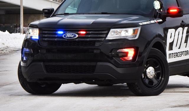Ford bị cảnh sát Mỹ kiện vì khí thải rò rỉ vào trong xe gây nguy hiểm - 1