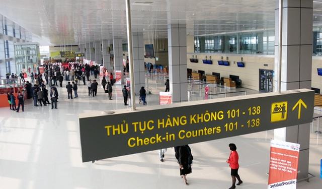 Trích xuất camera sân bay Nội Bài truy tìm nữ sinh Lâm Đồng mất tích - 1