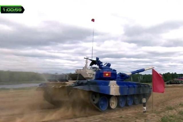 Việt Nam giành hạng nhì chung kết đua xe tăng ở Nga - 1