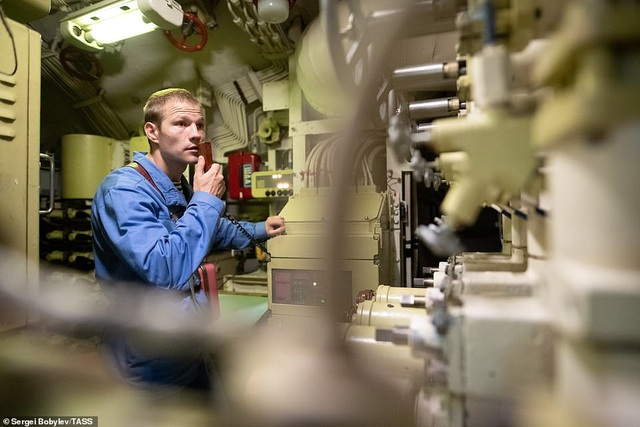 Cuộc sống nhà binh bên trong tàu ngầm lớn nhất thế giới của Nga - 5