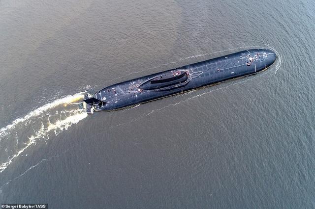 Cuộc sống nhà binh bên trong tàu ngầm lớn nhất thế giới của Nga - 6