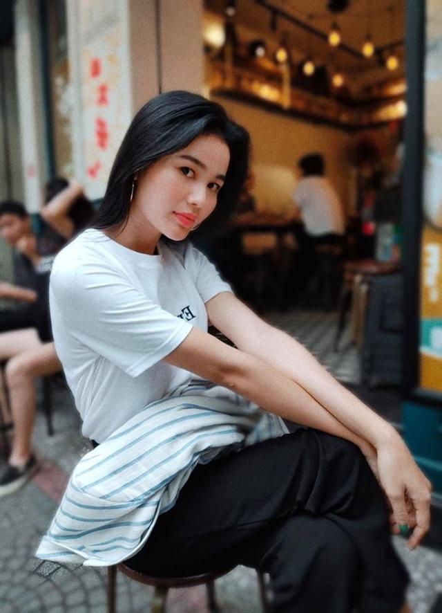 3 cô gái dân tộc Ê Đê, Khmer nổi tiếng đẹp lạ, có người lọt top nhan sắc thế giới - 12