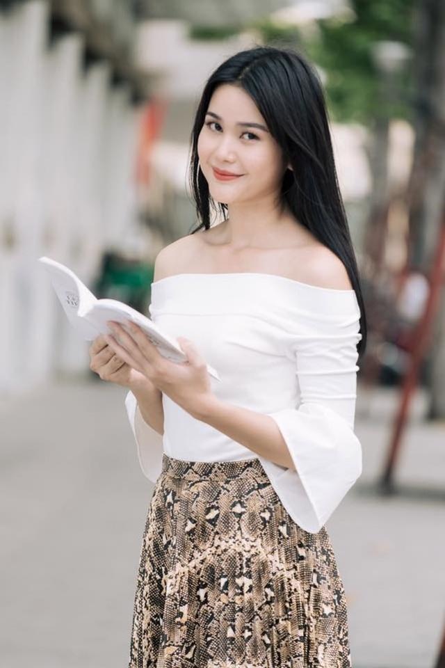 3 cô gái dân tộc Ê Đê, Khmer nổi tiếng đẹp lạ, có người lọt top nhan sắc thế giới - 13