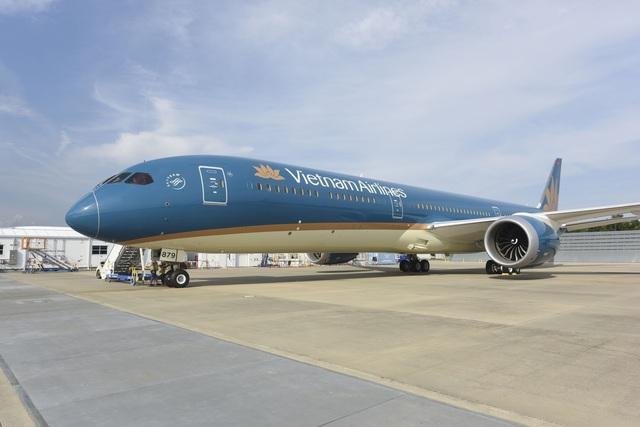 """Tối nay, """"siêu máy bay"""" Boeing 787-10 đầu tiên có mặt tại Việt Nam - 1"""