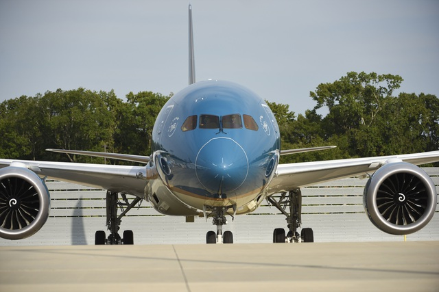"""Tối nay, """"siêu máy bay"""" Boeing 787-10 đầu tiên có mặt tại Việt Nam - 2"""
