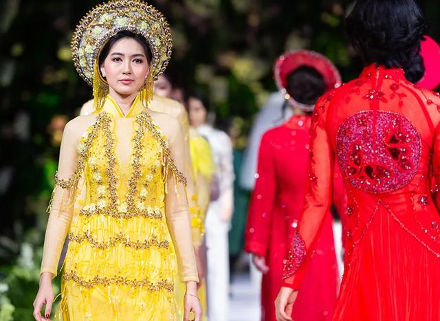 """Quán quân Mai Giang """"tái xuất"""", toả sáng trình diễn áo dài cùng Hoa hậu Myanmar - 9"""