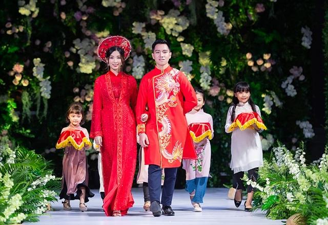 """Quán quân Mai Giang """"tái xuất"""", toả sáng trình diễn áo dài cùng Hoa hậu Myanmar - 14"""
