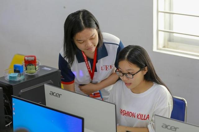 Nữ sinh viết tiếp giấc mơ đại học với suất học bổng toàn phần từ UEF - 3