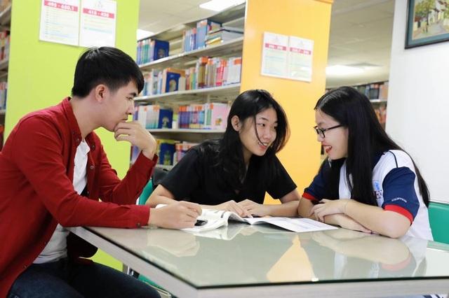 Nữ sinh viết tiếp giấc mơ đại học với suất học bổng toàn phần từ UEF - 5