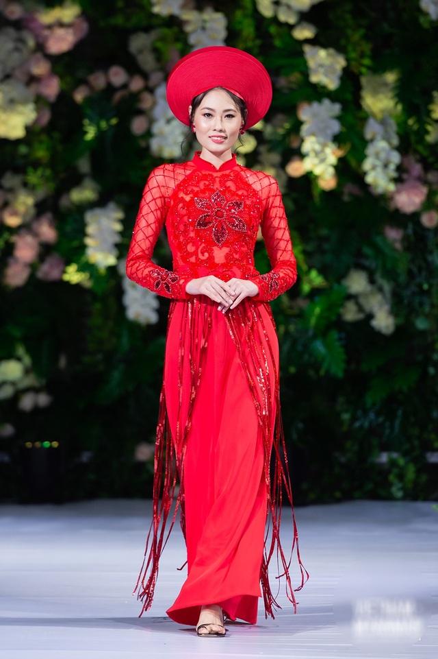 """Quán quân Mai Giang """"tái xuất"""", toả sáng trình diễn áo dài cùng Hoa hậu Myanmar - 3"""