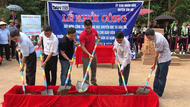 Báo Dân trí vượt hàng trăm cây số xây phòng học tặng các em học sinh dân tộc Dao - 1