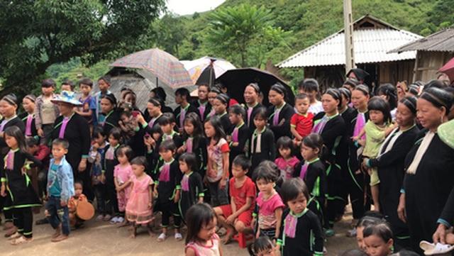 Báo Dân trí vượt hàng trăm cây số xây phòng học tặng các em học sinh dân tộc Dao - 5