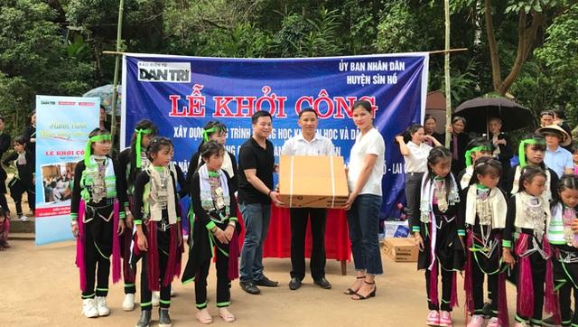 Báo Dân trí vượt hàng trăm cây số xây phòng học tặng các em học sinh dân tộc Dao - 7