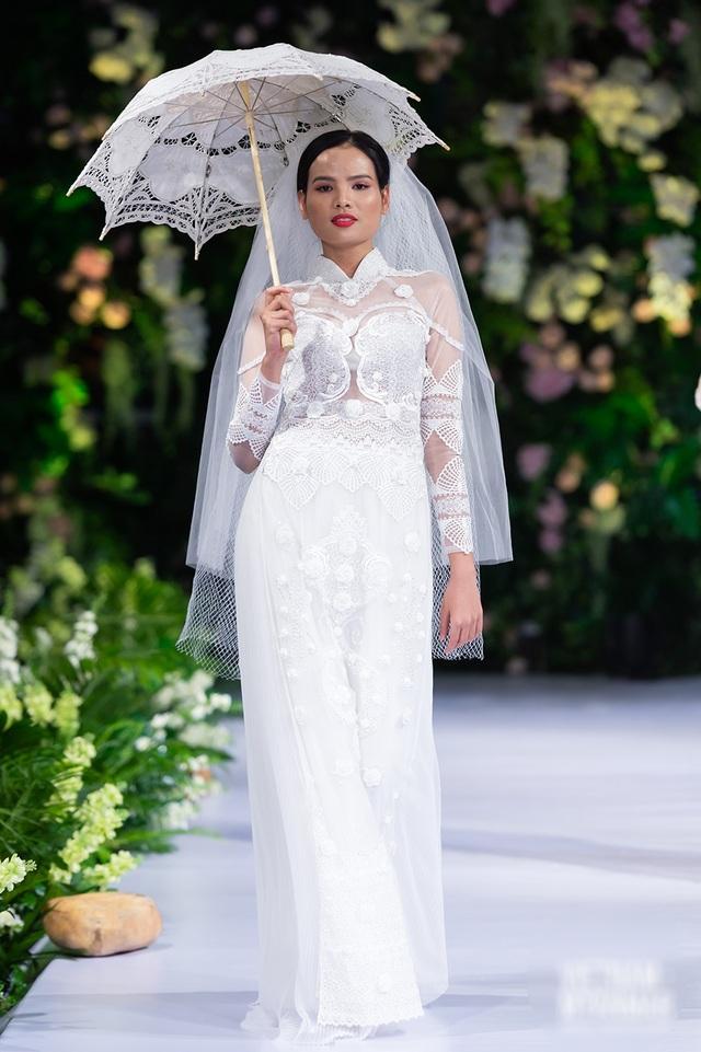 """Quán quân Mai Giang """"tái xuất"""", toả sáng trình diễn áo dài cùng Hoa hậu Myanmar - 5"""