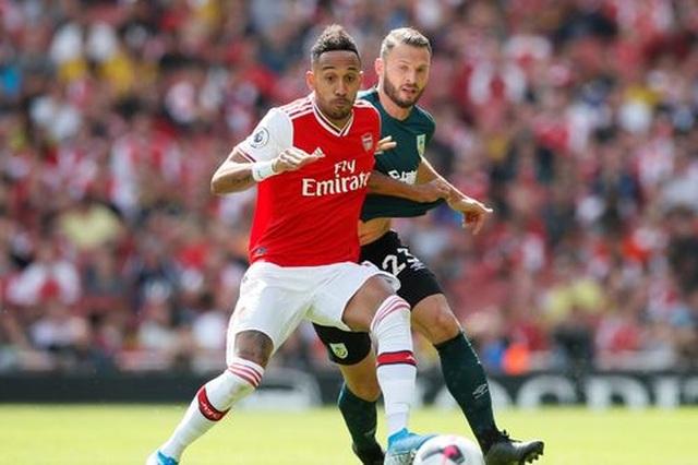 "Arsenal 2-1 Burnley: ""Song sát"" Lacazette - Aubameyang tỏa sáng - 3"