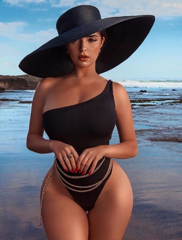 Demi Rose diện váy ôm sát khoe thân hình đồng hồ cát - 6
