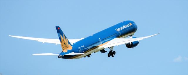 """Cận cảnh """"siêu máy bay"""" Boeing 787-10 Dreamliner đầu tiên về Việt Nam - 5"""