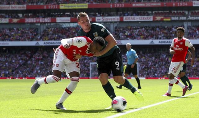 "Arsenal 2-1 Burnley: ""Song sát"" Lacazette - Aubameyang tỏa sáng - 11"