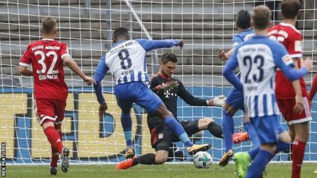 Bayern Munich 2-2 Hertha Berlin: Màn ra quân gây thất vọng của Hùm xám - 3