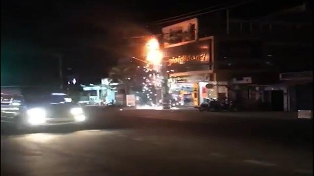 Một đêm xảy ra 4 vụ cháy khiến người dân khốn đốn - 1