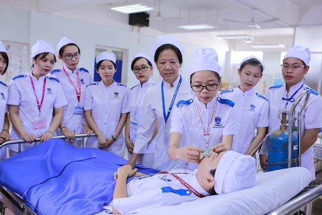Phòng chống Covid-19: Nhiều trường ĐH đề xuất cho SV Y khoa đi học trước - 2