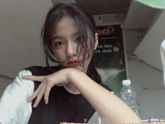 Vừa là tân sinh viên, hot girl Quảng Bình đã thành tâm điểm chú ý - 8