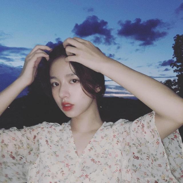 Vừa là tân sinh viên, hot girl Quảng Bình đã thành tâm điểm chú ý - 6