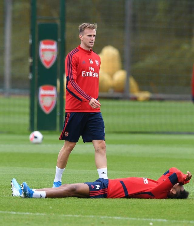 Ozil, Kolasinac trở lại sẵn sàng sát cánh cùng Arsenal - 10
