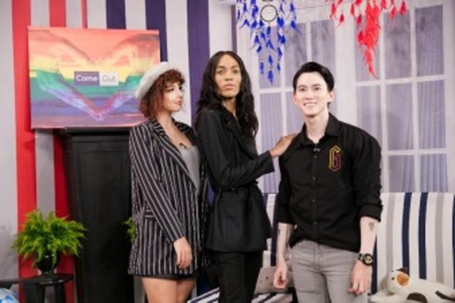 Câu chuyện sống thật với giới tính của thầy giáo dạy Tiếng Anh người Nam Phi - 2