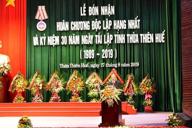 Thừa Thiên Huế đón nhận Huân chương Độc lập hạng Nhất nhân 30 năm tái lập tỉnh - 4