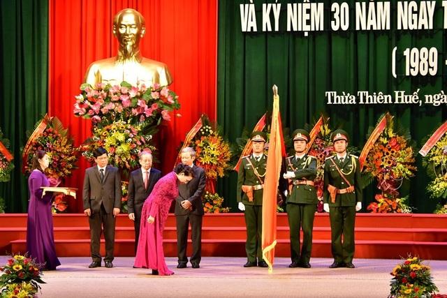 Thừa Thiên Huế đón nhận Huân chương Độc lập hạng Nhất nhân 30 năm tái lập tỉnh - 8