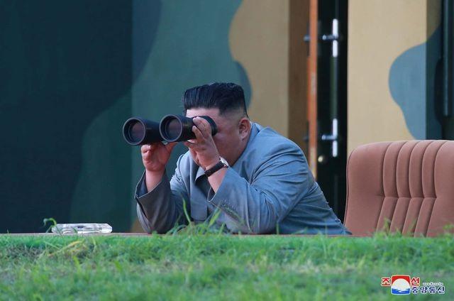 Ông Kim Jong-un đích thân chỉ đạo Triều Tiên thử tên lửa lần 6 trong hơn 3 tuần - 1