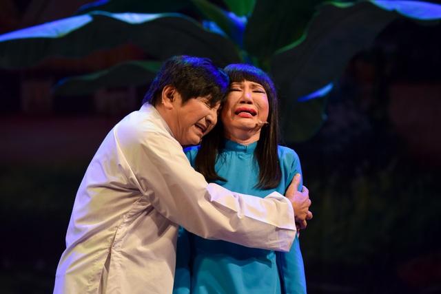 """NSƯT Thanh Kim Huệ và Chí Tâm lấy nước mắt khán giả trong vở """"Lan và Điệp"""" - 5"""