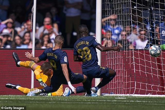 Modric bị thẻ đỏ, Real Madrid vẫn thắng thuyết phục Celta Vigo - 10