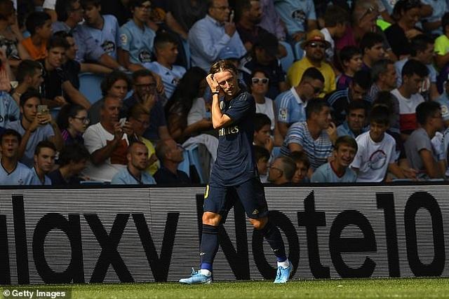 Modric bị thẻ đỏ, Real Madrid vẫn thắng thuyết phục Celta Vigo - 5