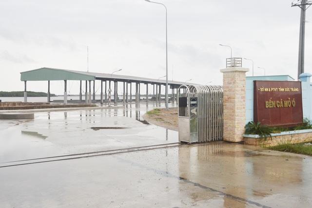 Sở Nông nghiệp Sóc Trăng giải trình lý do bến cá Mỏ Ó chậm đưa vào sử dụng - 1
