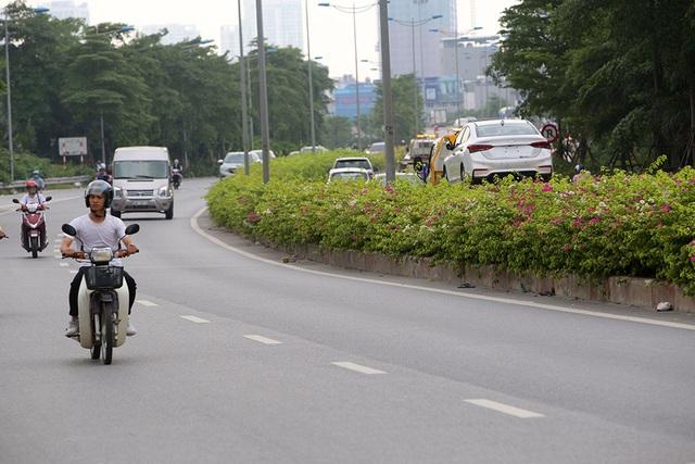 Con đường hoa giấy hiếm có ở Hà Nội - 13