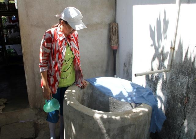 """Phú Yên nắng hạn suốt nhiều tháng, hơn 9.000 hộ dân """"khát nước"""" trầm trọng - 1"""