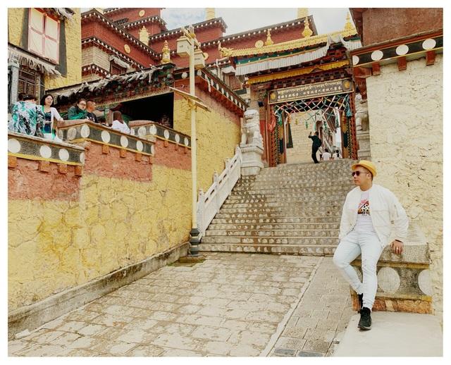 Con nuôi NSND Hồng Vân thăm thành cổ Lệ Giang, chỉ điểm sống ảo nổi tiếng - 14