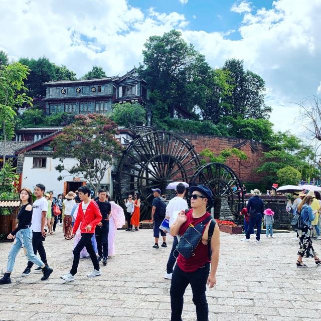Con nuôi NSND Hồng Vân thăm thành cổ Lệ Giang, chỉ điểm sống ảo nổi tiếng - 9
