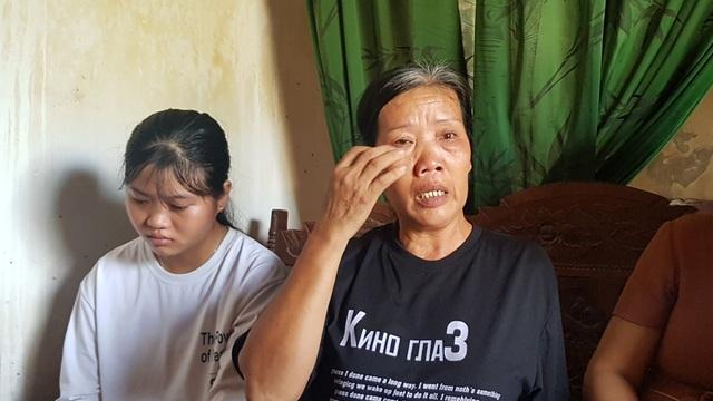 Nước mắt rơi đẫm trên giấy báo nhập học của nữ sinh nghèo xứ Nghệ - 1