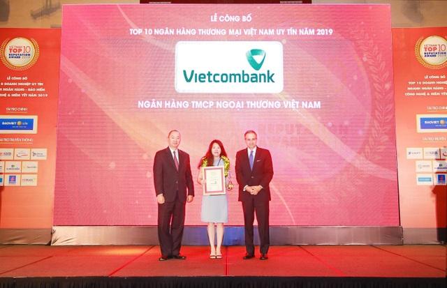 Vietcombank tiếp tục là ngân hàng uy tín nhất Việt Nam - 1