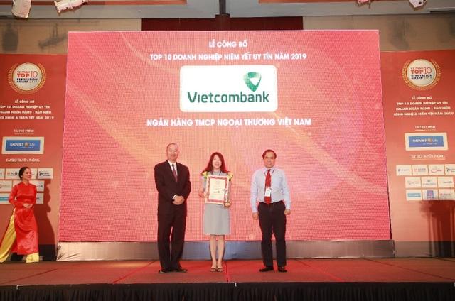 Vietcombank tiếp tục là ngân hàng uy tín nhất Việt Nam - 3