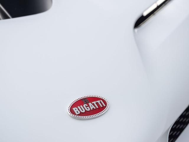 Bugatti Centodieci: 8 triệu Euro, động cơ W16, 1.600 mã lực và chỉ có 10 chiếc - 13