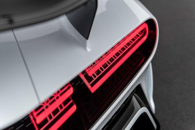 Bugatti Centodieci: 8 triệu Euro, động cơ W16, 1.600 mã lực và chỉ có 10 chiếc - 11