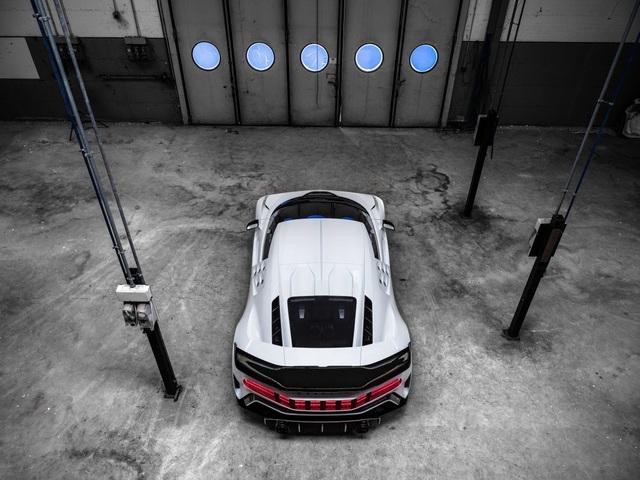 Bugatti Centodieci: 8 triệu Euro, động cơ W16, 1.600 mã lực và chỉ có 10 chiếc - 17