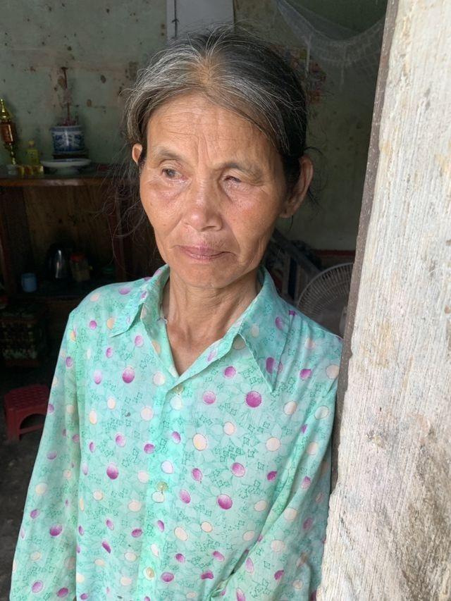 Cậu bé mồ côi cùng ông bà ngoại sống trong căn nhà sắp sập được bạn đọc giúp đỡ gần 90 triệu đồng - 2