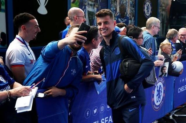 Những khoảnh khắc gây thất vọng của Chelsea tại Stamford Bridge - 2